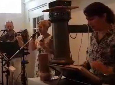 Nederlandse Babette zingt in Farsi